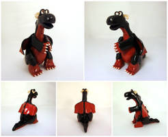 Black and red dragon by Koreena