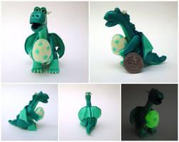 Dragon with egg by Koreena