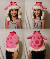 Fuzzy pink quaggan hat by Koreena