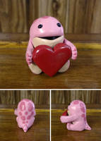 Pink quaggan with heart by Koreena