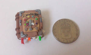 Miniature Enchiridion by RoOsaTejp