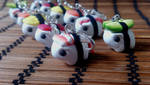 Army of tiny sushi piggies by RoOsaTejp