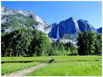 Yosemite Falls by Fangie