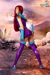 Starfire by cosplayerotica