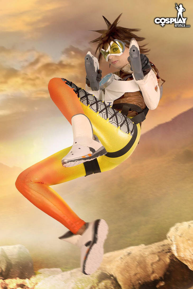 My fav tracer cosplay by cosplayerotica