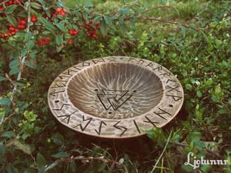 Ritual bowl by Ljotunnr