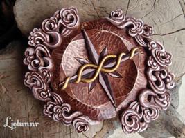 Compass 03 by Ljotunnr