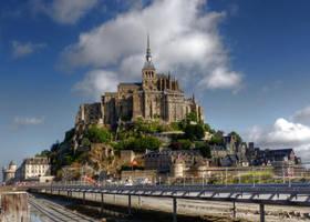 Le Mont Saint-Michel by MisterKrababbel