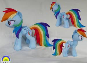 Rainbow Dash medium plush by Epicrainbowcrafts