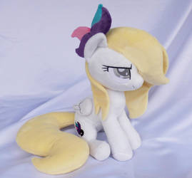 Sitting pose OC Claire plushie by Epicrainbowcrafts