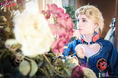 Giorno Giovanna cosplay by Cosphotograph by AshesAndRainbows
