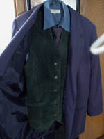Le Costume by blanksofar
