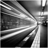 Potsdamer Platz U-Bahn Station by jendrynDV