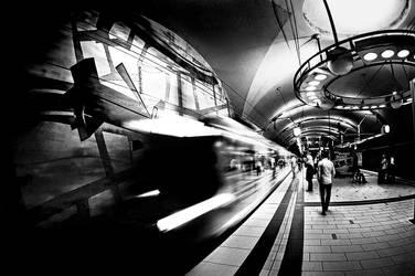Subway by jendrynDV