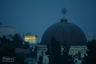 Jerusalem night view from the roof by tortuegraphics