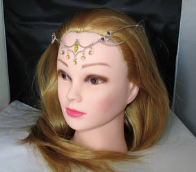 Sylvan Whispers tiara by Lyriel-MoonShadow