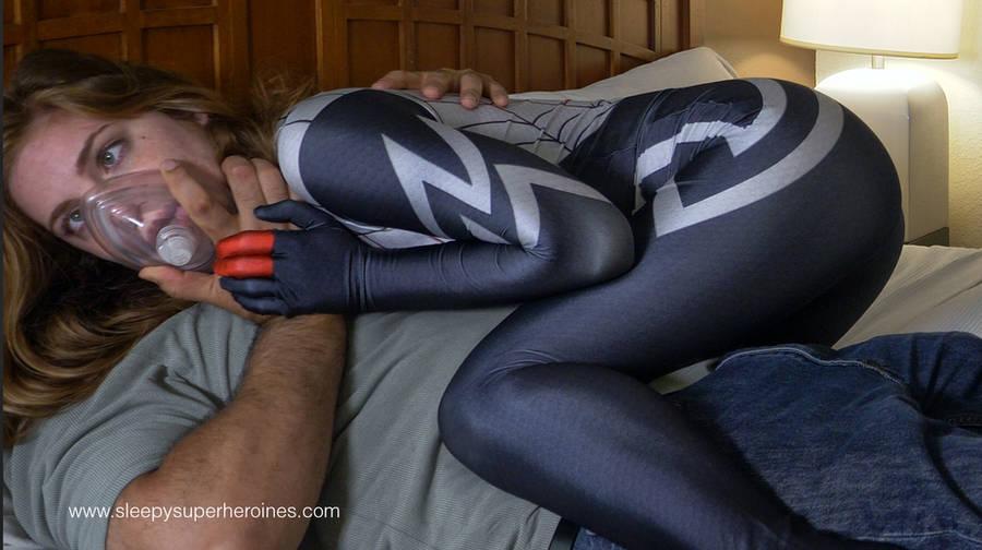 Time for a nap Silk by sleepy-superheroines