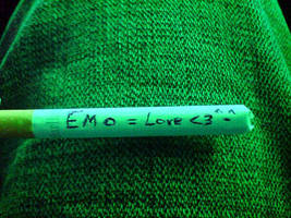 Emo cigarette by XAzooozX