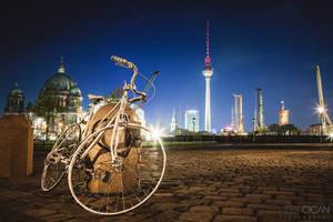 Bike in Berlin by sican