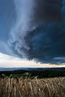 Under the Shelf cloud by FlorentCourty