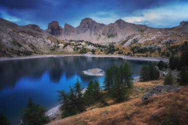 Allos Lake by FlorentCourty