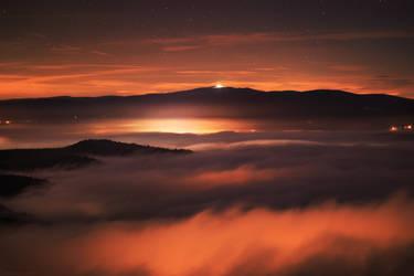 Glow in the dark by FlorentCourty