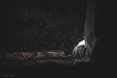 hand by amy-ichibi