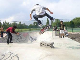 niko kickflip at finsbury bowl by emericagod