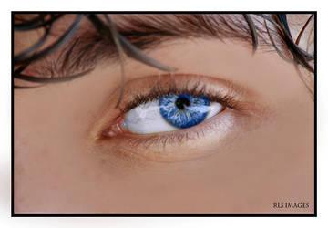 Mr.Blue Eyes 3 by RLSphotographer