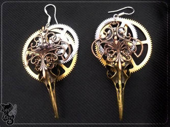 Steampunk birdskulls earrings by lysel