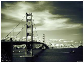 Golden Gate Bridge IR by caithness155