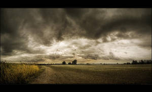 Hungarian skies pt.IV. by realityDream
