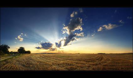 Hungarian skies pt.XXXVI. by realityDream