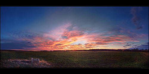 Hungarian skies pt.XLIX. by realityDream