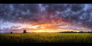 Hungarian skies pt.LXXIII. by realityDream