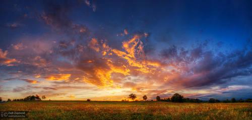 Hungarian skies ptCLVI. by realityDream