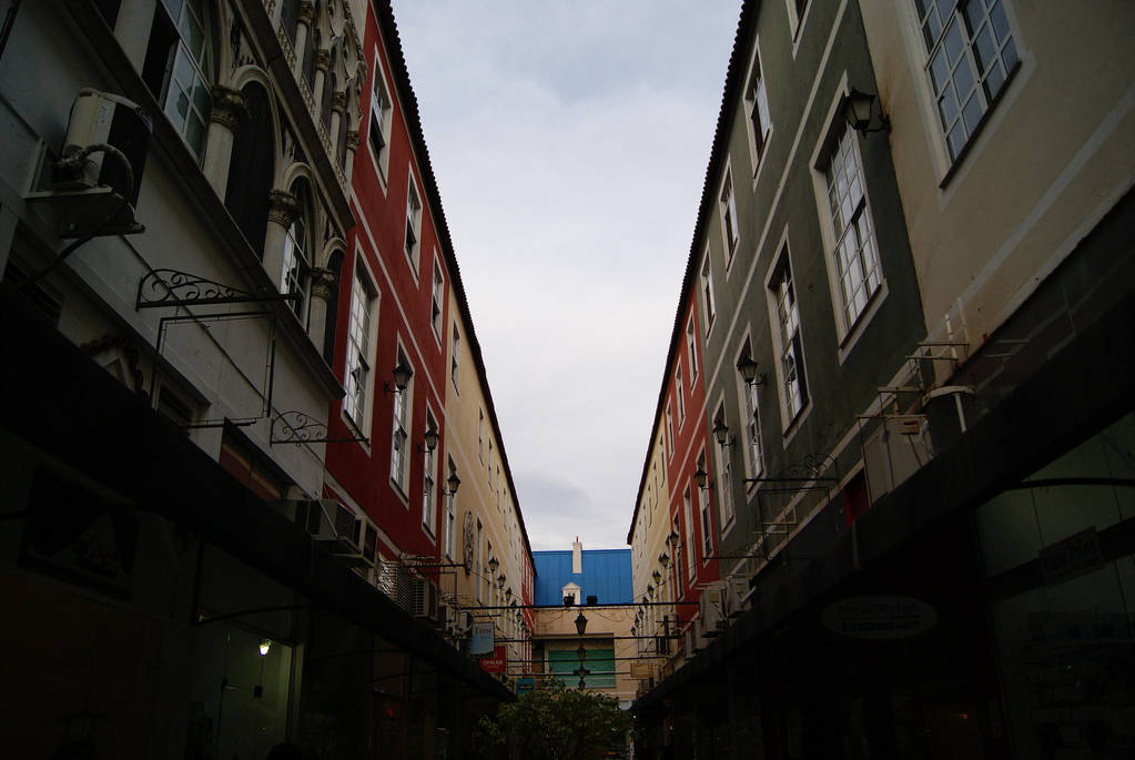 V view by 1drelopes