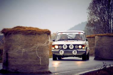 Fiat 125p by pawelsky