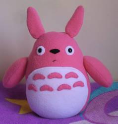 Pink Totoro by Jackiekie