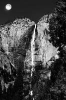 Yosmite Falls by Uniquely-Unique-x3