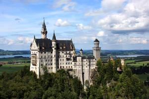 Neuschwanstein Castle by WKR95