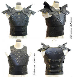 Dark armor by ArtisansdAzure