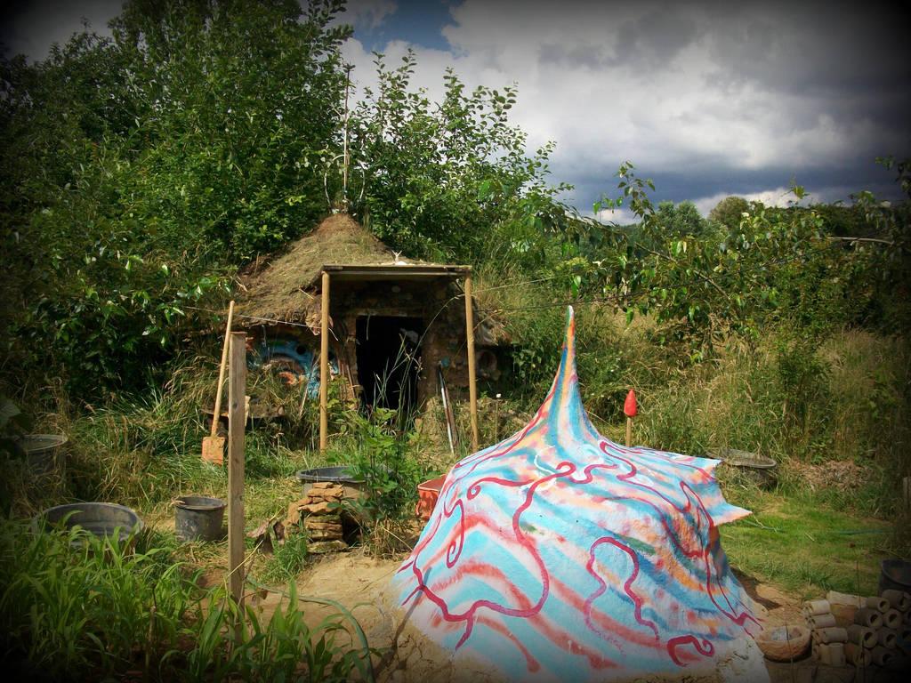 funky oven and garden house by gangahimalaya