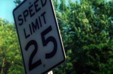 25 mph by MouseMadeOfWheels