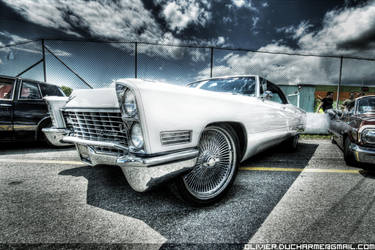 Cadillac by TiOLSTYLE