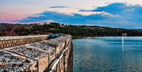 Marathonas Dam by n0i2