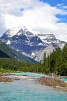 Mount Robson by Nikki-vdp