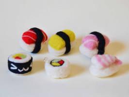 Sushi keychains by TheDarkLittleBunnY