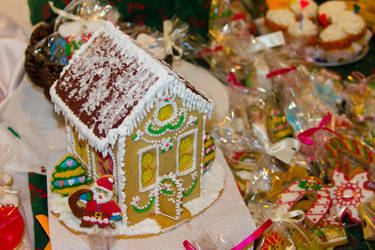Gingerbread House by Anonimus79