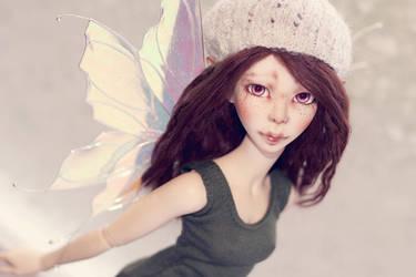 Flying Amanda by nathalye